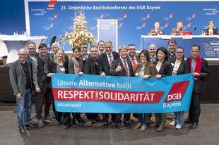 Der Bezirksvorstand des DGB Bayern mit Rainer Hoffmann