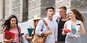 Bayerische Mittelschüler*innen auf dem Weg in die Ausbildung