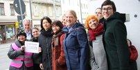 Gewalt gegen Frauen Gruppenfoto