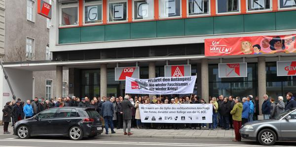 Gedenkveranstaltung für die Opfer von Hanau vor dem Münchner Gewerkschaftshaus (4.3.2020)