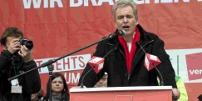 Matthias Jena bei seiner Rede am 13.11.2010 in Nürnberg