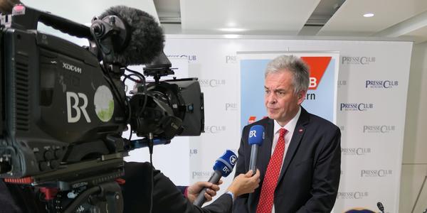 Matthias Jena im Interview mit dem BR