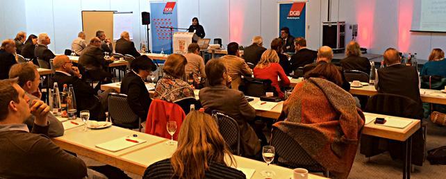 Angela Pfister (ÖGB) referierte bei der IGR-TiSOBa-Jahreskonferenz in Landshut über TTIP.