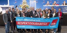 Unsere Alternative heißt Respekt und Solidarität