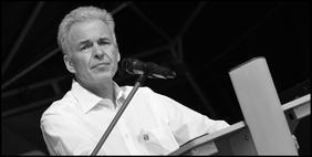 Matthias Jena bei einer Rede am 1. Mai 2018 in Augsburg